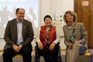 Bild: Die PreisträgerInnen des Wundsam-Hartig-Preises v.l.n.r.: Ottmar Miles-Paul, Klaudia Karoliny, Margarita Edler